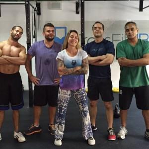 A coach Marcela e seus meninos