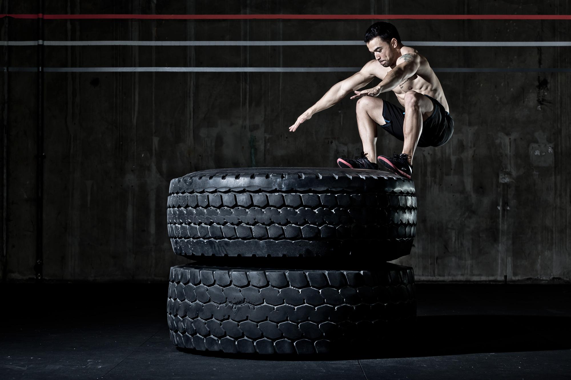 Salto sobre pneus
